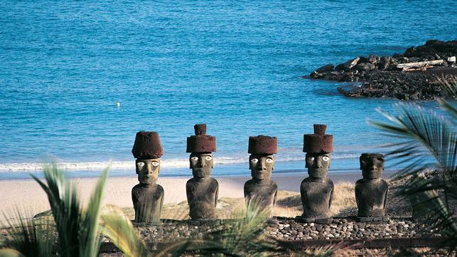 Ahu-Anakena-desembarco-Isla-Pascua_EDIIMA20141112_0912_19